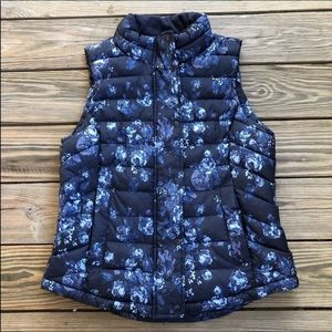 Gap Quilted Blue Floral Puffy Vest